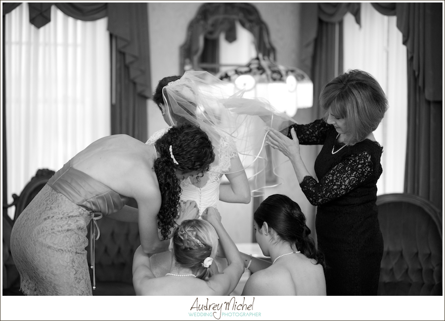 Denver Wedding Photographer, getting ready