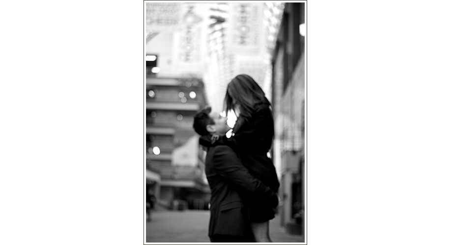 City-Engagement-Photography-Jewish-Modern